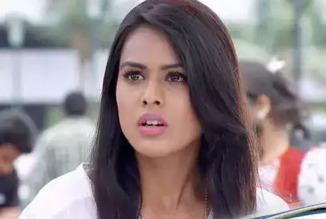 This image has an empty alt attribute; its file name is nia-sharma.jpg