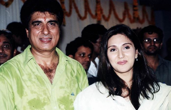This image has an empty alt attribute; its file name is raj-babbar-ki-beti.jpg