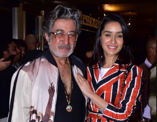 This image has an empty alt attribute; its file name is shakti-kapoor-ki-beti.jpg