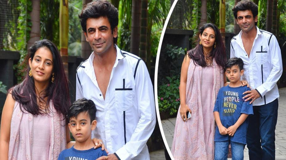 This image has an empty alt attribute; its file name is sunil-grover-wife.jpg